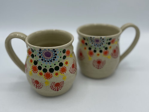 Set of 2 Mugs with World of Ping Designs