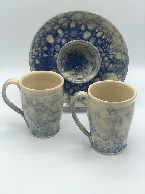 Blue Bubble Glaze Chip/Dip Platter Mug Set