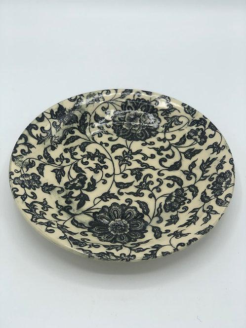 "Vintage Lace 8"" Stoneware plate"