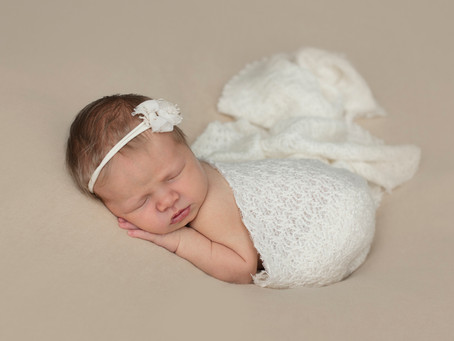 Grace | Wollongong Newborn Photography Session | Nina Photography Studios (Illawarra)
