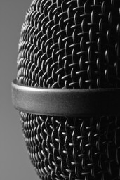modern-microphone-P3MUUZF.jpg