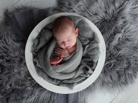 Ari | Illawarra Newborn Photography | Nina Photography Studios (Wollongong)