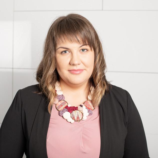 Consilier Juridic Angella Balog .jpg