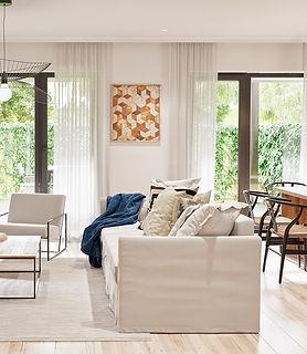 MogosoaiaR_Livingroom01.jpg