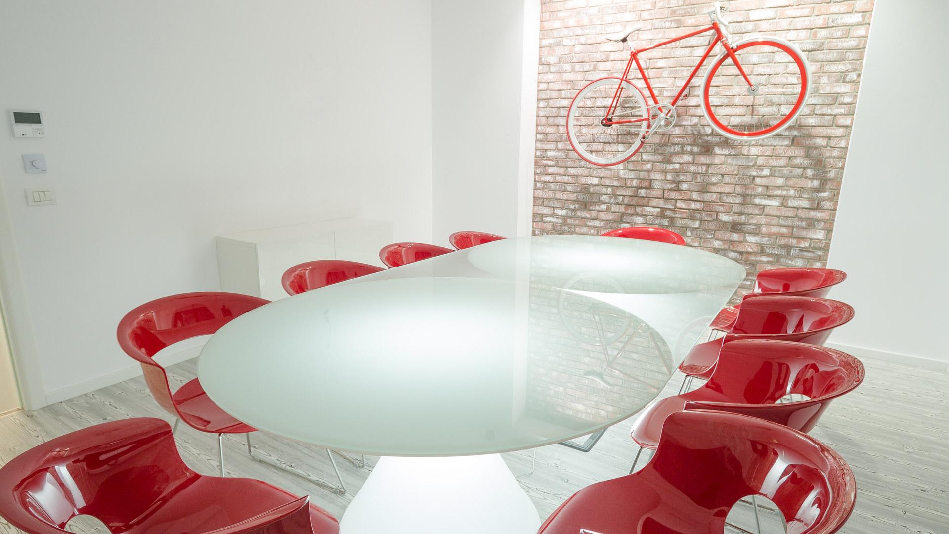 Red meeting room SPN Aequitas