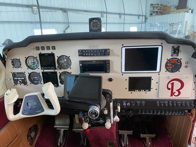 Beech A33