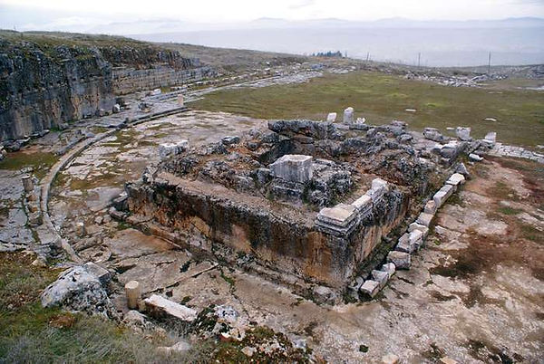 temple-ruins-Pisidia-Antioch-Turkey-Yalv