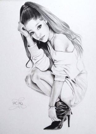 PORTRAIT | Ariana Grande