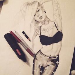 Dessin | Femme tatouée 2014