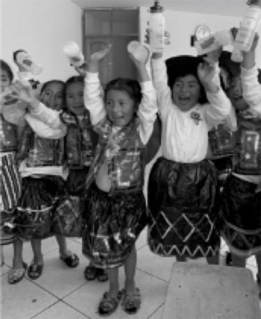 Cheering school kids.jpg