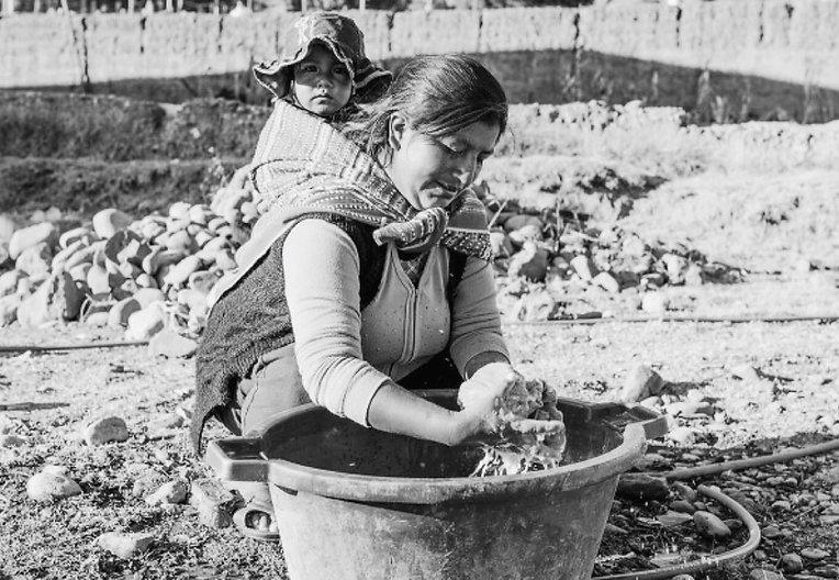 Woman with kid.jpg