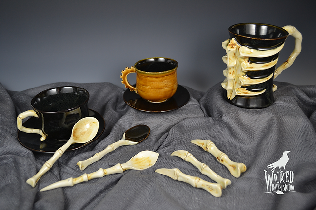 Wicked Raven Studio - Macabre and Steampunk Tea and Tableware
