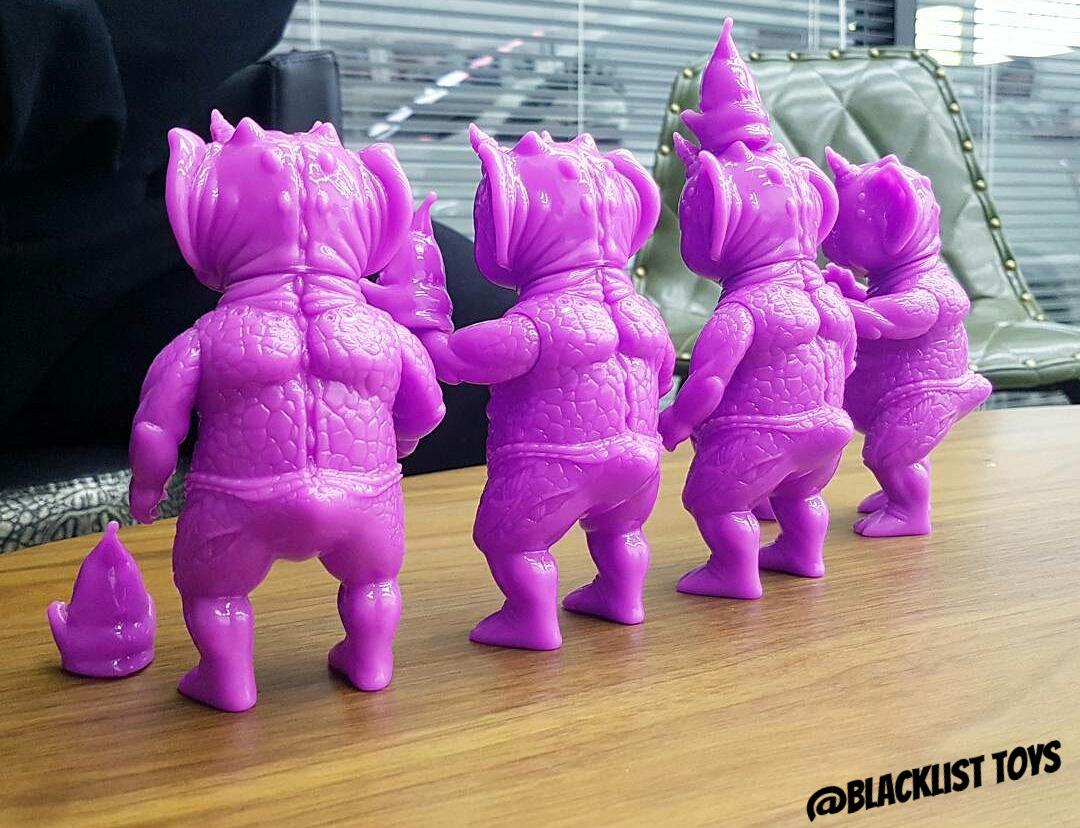 "Backs Of: Crukii & Kimo ""Purple Blank"""
