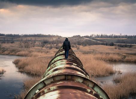 En los Hechos:¿Están Desmantelando al Sector Ambiental?