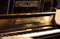 Arion Klavier Baujahr 1920