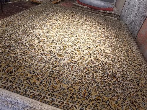 9' x 12' Persian Kashan Circa 1970 100% Wool Handmade-Knotted Rug