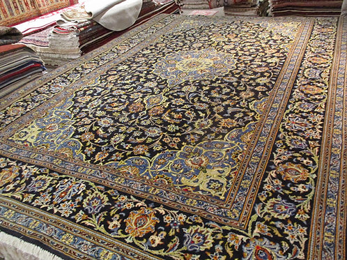 8' x 12' Persian Kashan Circa 1970 100% Wool Handmade-Knotted Rug
