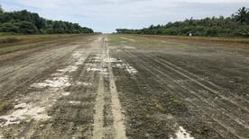 original-dirt-runway.jpg
