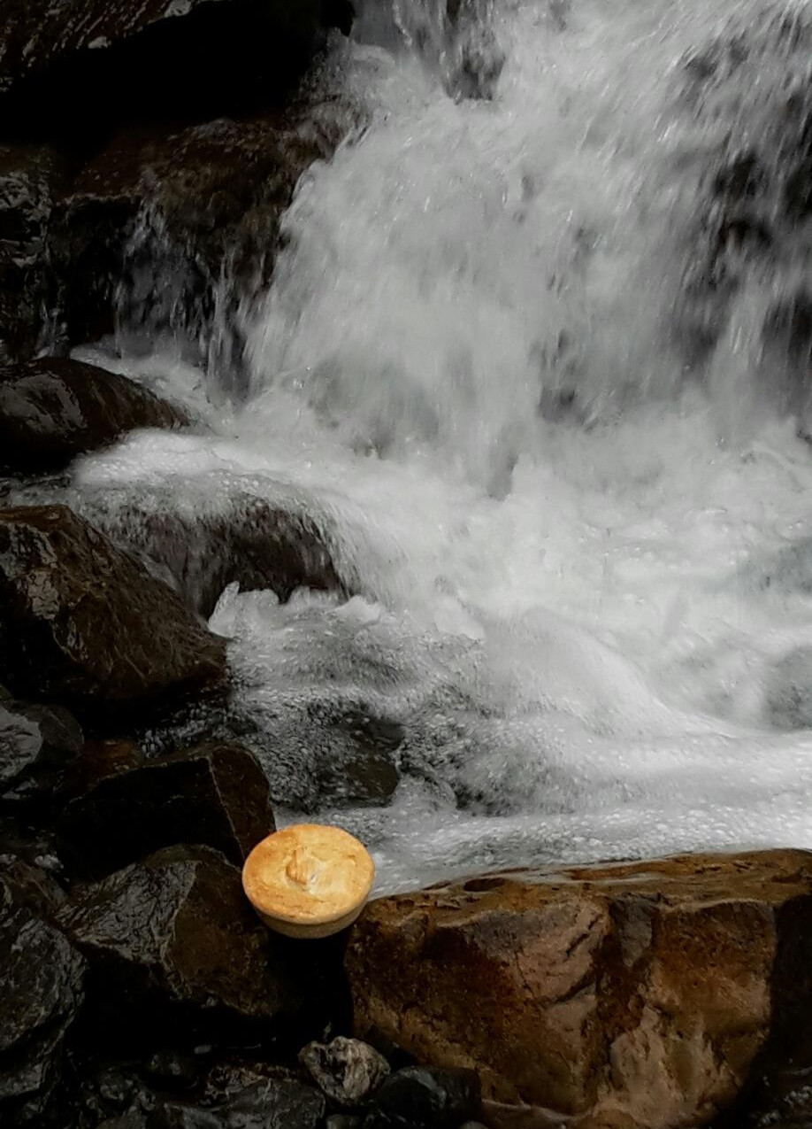 pie-at-waterfall