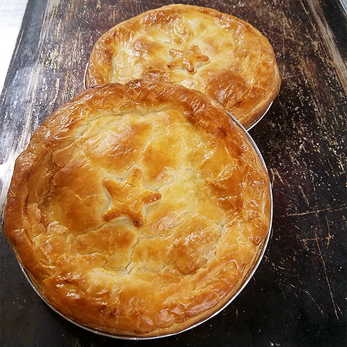 Family Sized Country Chicken (Free-range) & Vegetable Pie
