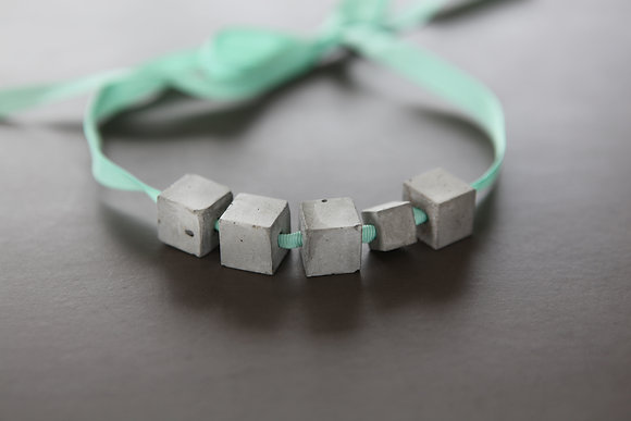 Cube Bow Necklace