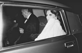 Sophia Loren & Pierre Sallinger en voiture