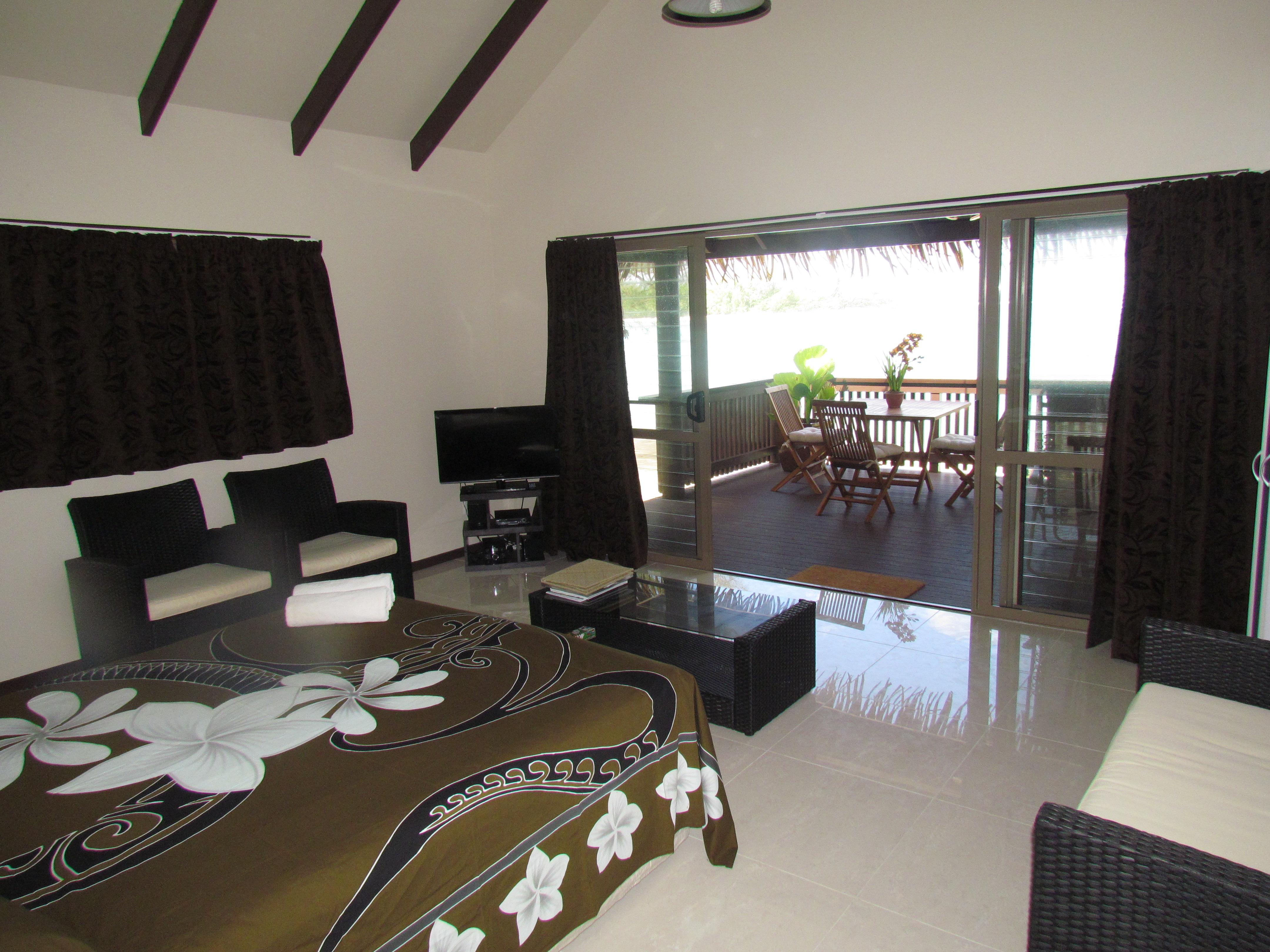 Muri Shores Villa