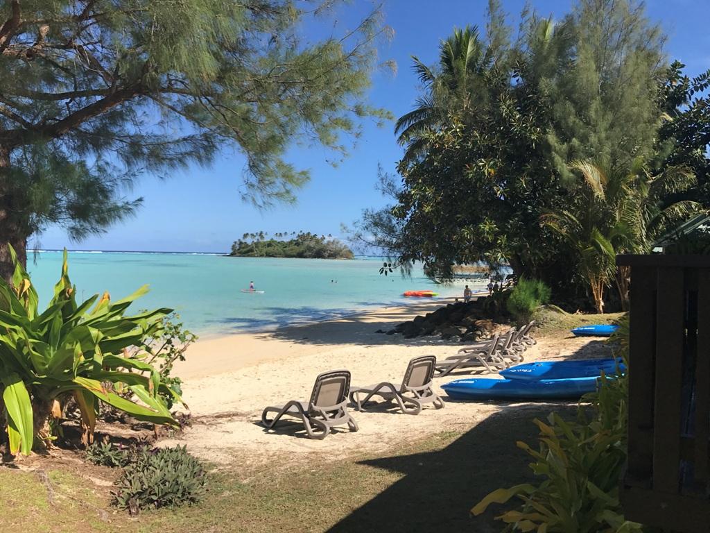 Muri Shores lagoon view