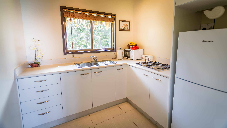 Muri shores kitchen
