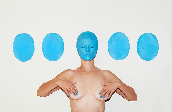 Julia Buruleva - selfie isolation 03