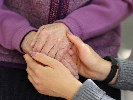 Discovering caregiver needs using online communities