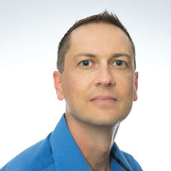 Henning Smith is the Chief Technology Officer at Luminoso, overseeing the development and delivery of the next generation of the company's award-winning products.