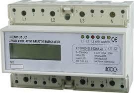 A potência em watts de todos os sistemas de iluminação e luminárias (geral, de tarefas e de móveis) permanentemente instalados (fixos em um local; não móveis).
