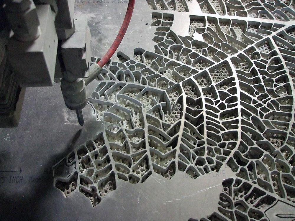Jato D'água – tem uma característica única, pois corta o metal com um jato d´água. Pode, inclusive, perfurar qualquer tipo de material, metálicos ou não metálicos – a única exceção é o vidro temperado, que se rompe.
