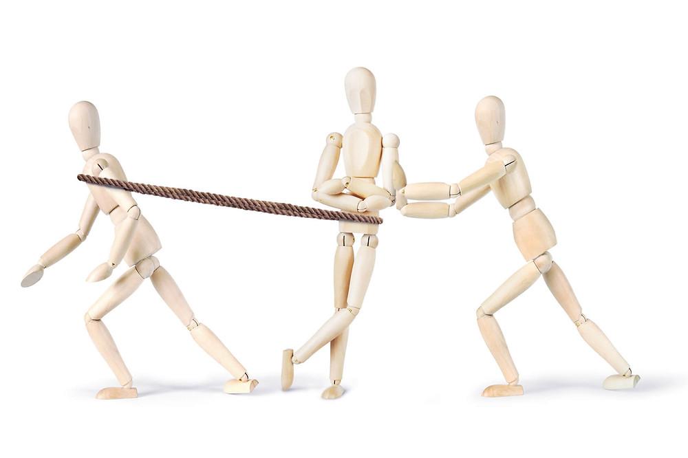Resistência de qualquer objeto físico a qualquer mudança em seu estado de movimento.