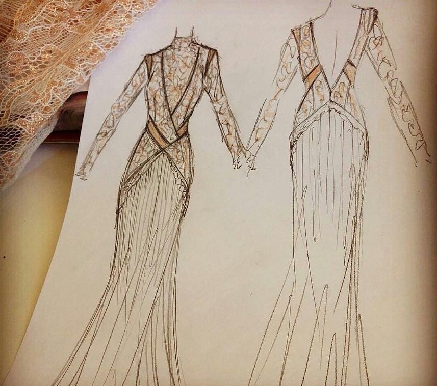 Skizze des maßgeschneiderten Brautkleids mit Spitze im Vintage-Look