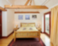 The Vine House holiday home sleeps 6 people in two doubles and one twin room