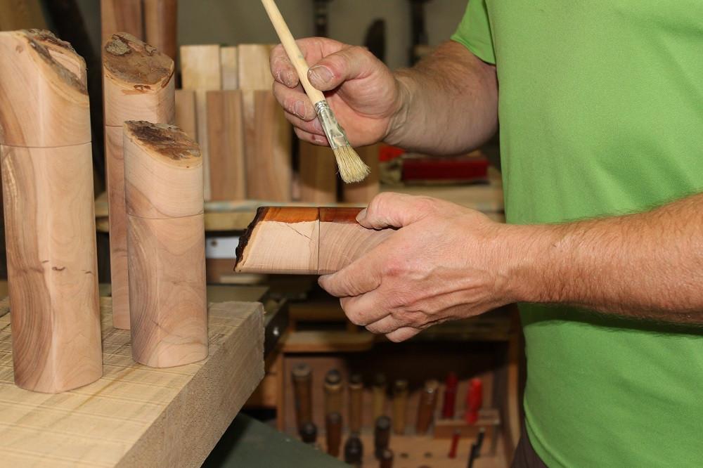 Drechslerei Bauer Oberflächen- behandlung der Apfelmühlen