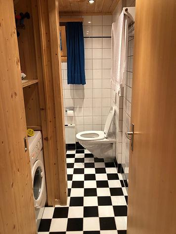 Badkamer beneden.jpeg