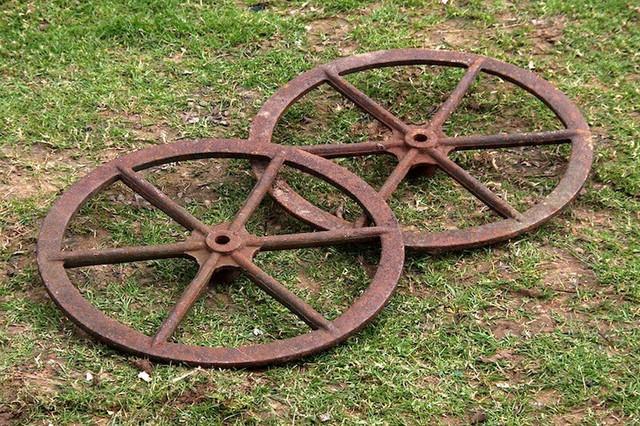 Medium Metal Cart Wheels