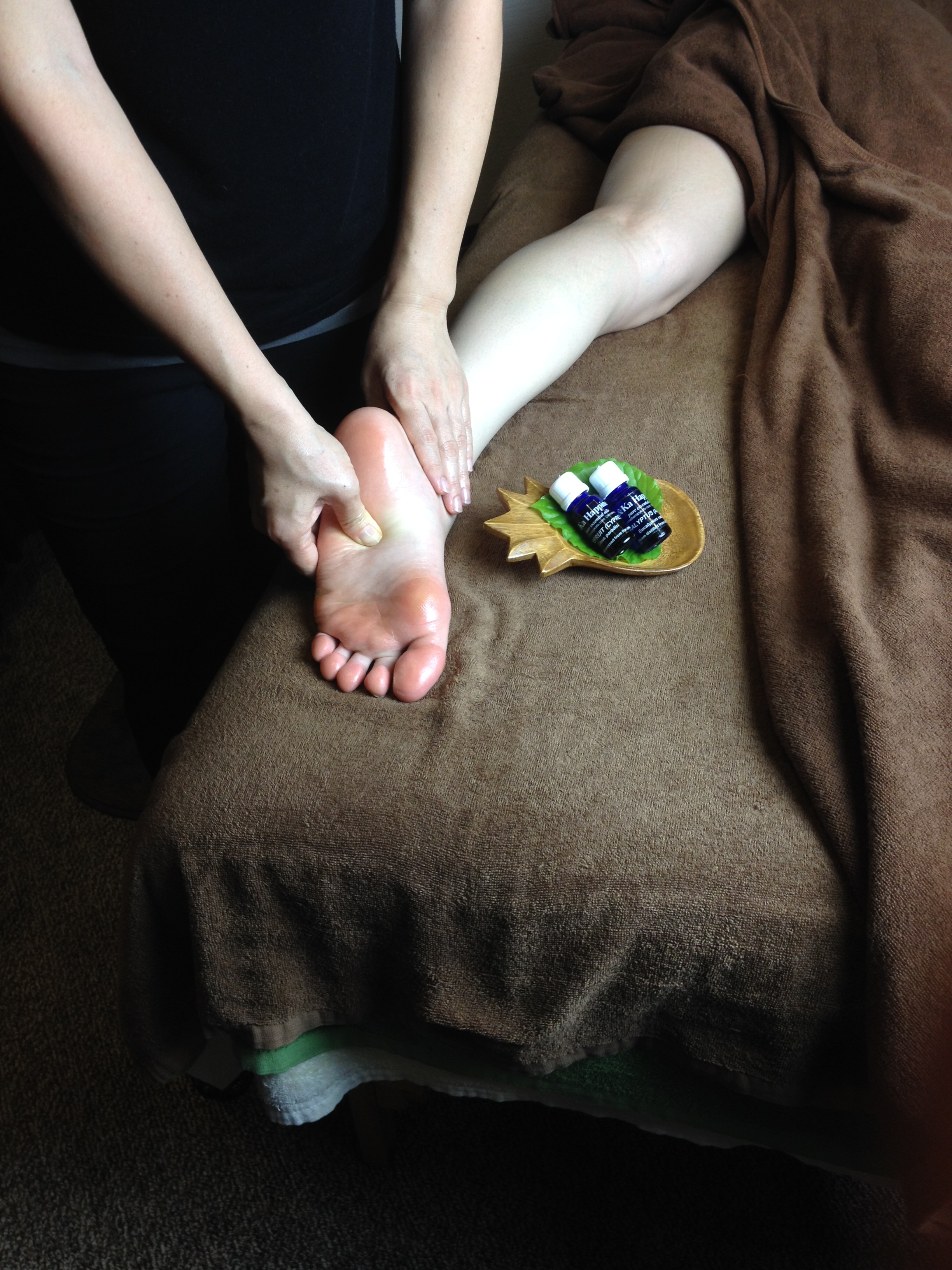 沖縄アロマスクール、aroma body treatment foot