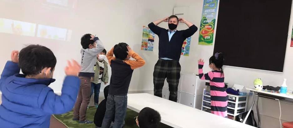 富士市で年中から始める英会話!ネイティブの先生と友達になれる「Wow!ENGLISH」