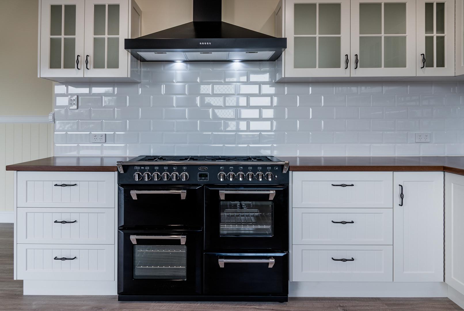 Kitchen_View_5_Copyright_Jordan_Clune_Ph