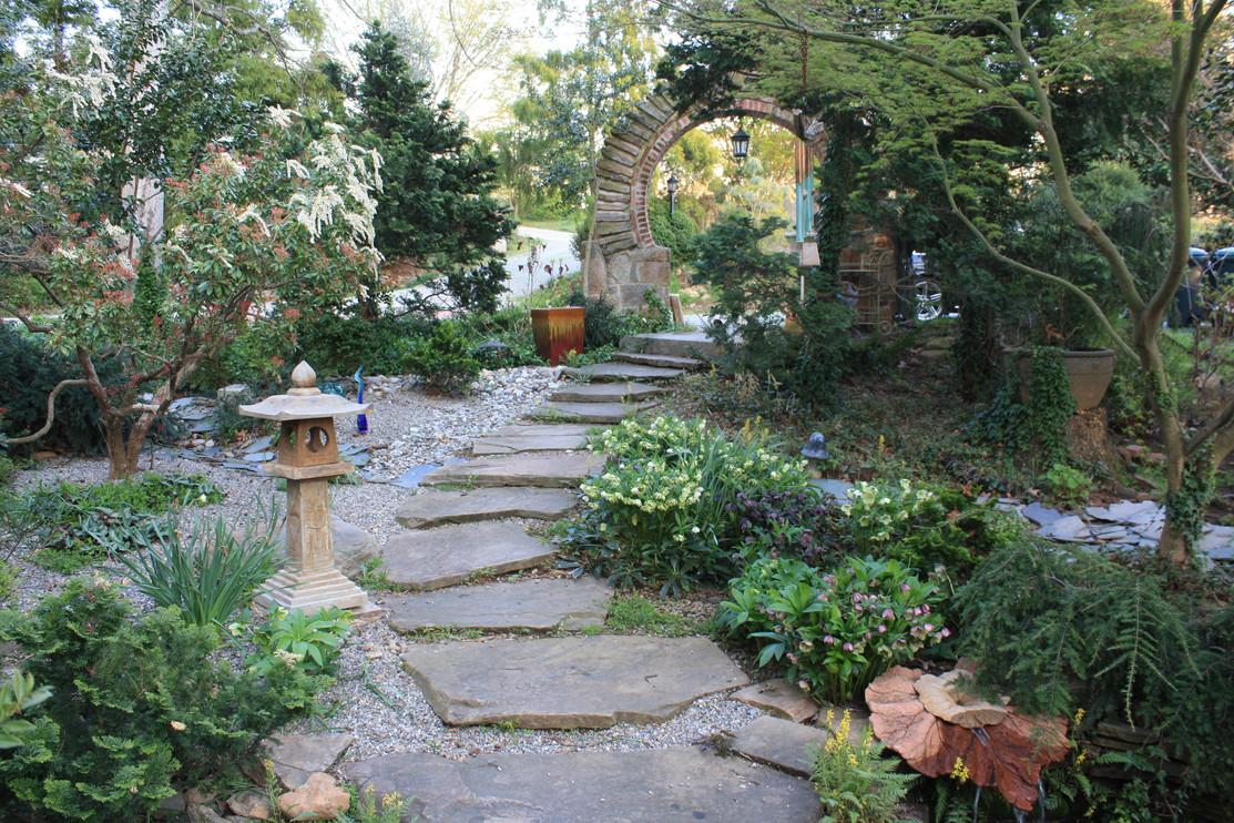 Elizabeth Gardens (4).JPG