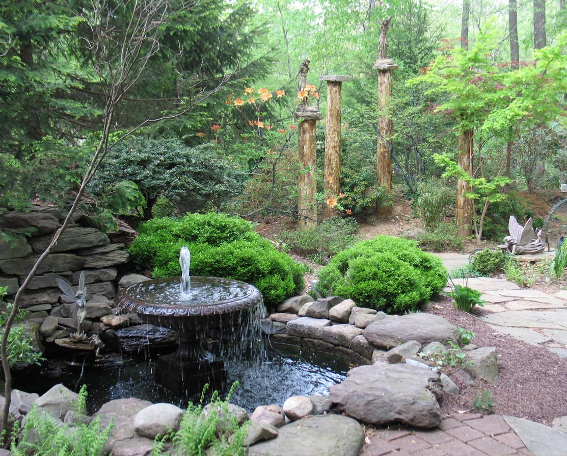 Elizabeth Gardens 2 (3).JPG
