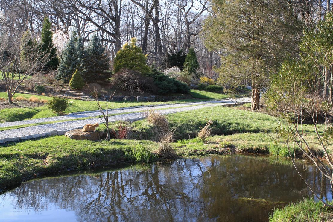Elizabeth Gardens (7).JPG