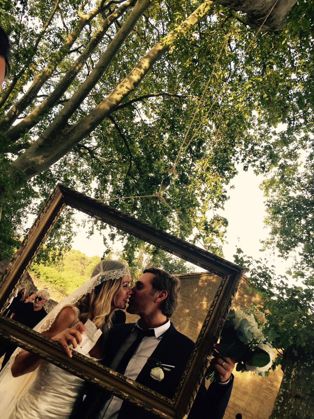mariage-magique-vaugines-platanes-manon-des-sources-robe-mariee-quiquilamothe-aix-en-provence-robe-d