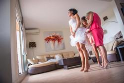 habillage-mariage-aix-en-provence-talons-talonsaiguilles-robecourte-robe-mariee-courte-corset-dentel