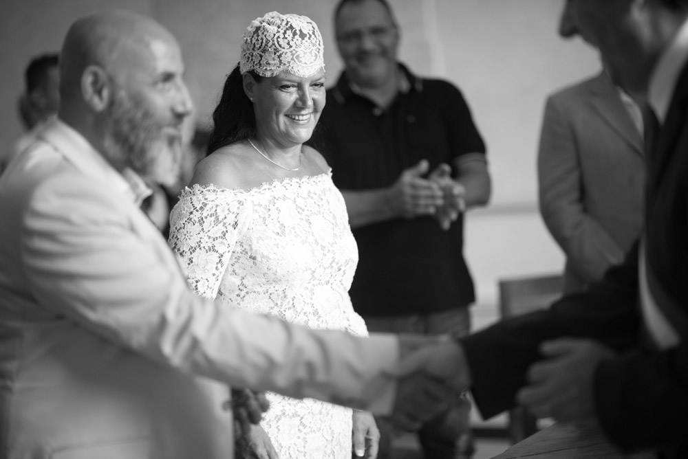 mariage-mairie-quiquilamothe-robe-mariee-createur-aix-en-provence-dentelle-calais-boheme-chic-bonnet