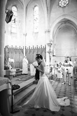 mariage-chic-eglise-toulon-creatrice-quiquilamothe-robe-mariee-aix-en-provence-corset-bustier-dentel